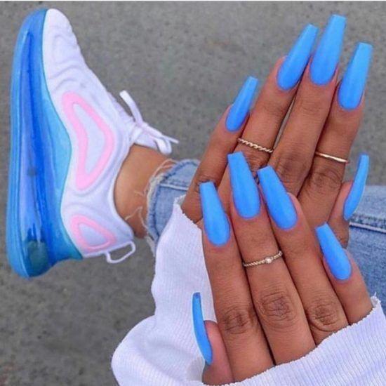 women's sexy blue nail