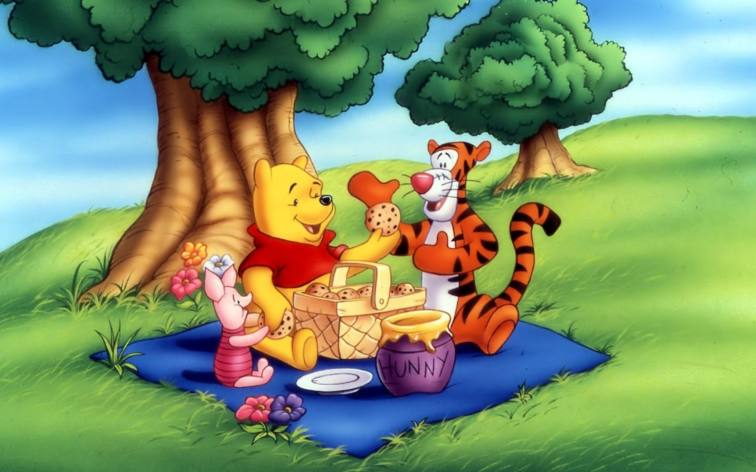 pooh birthday singing cards